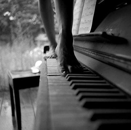 Photo of walking across piano keys
