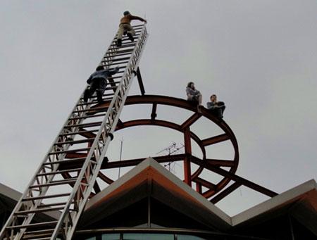 Rescuers by David Stewart